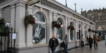 pub booking-office-wetherspoon