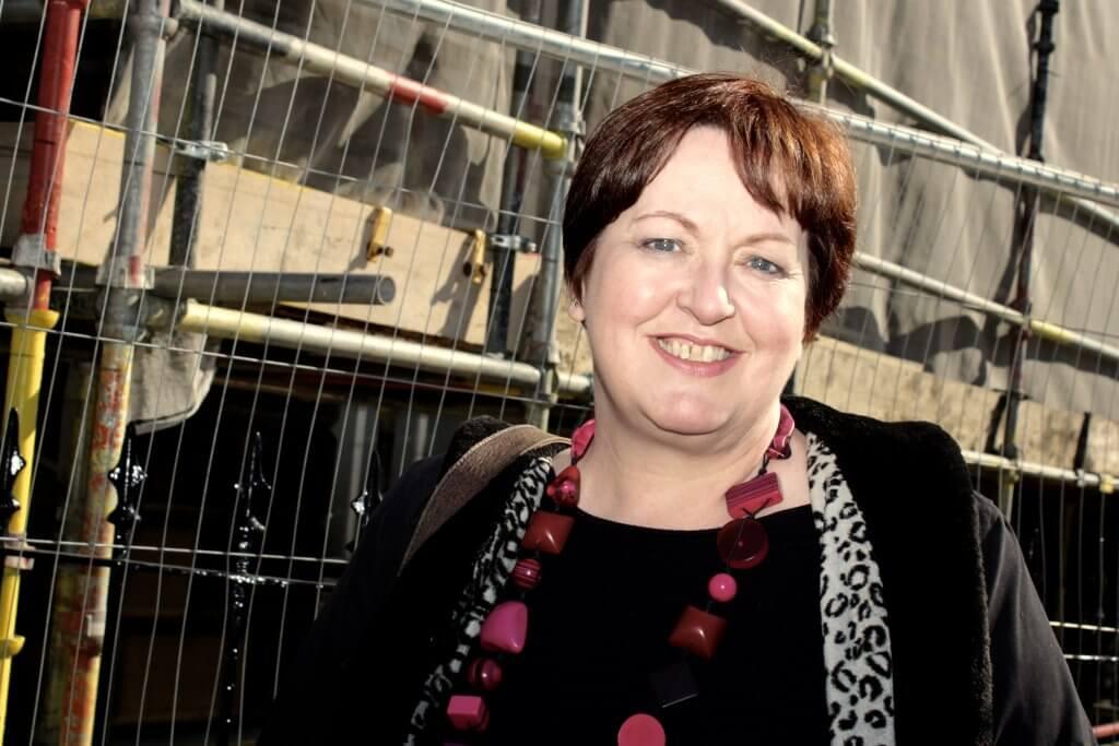 Lesley Mcleod
