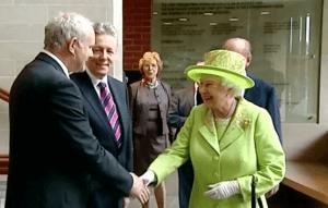 Queen handshake