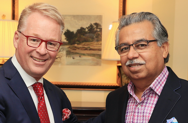 European Tour CEO Keith Pelley and head of Hero MotorCorp, Pawan Minjal (Getty Images)