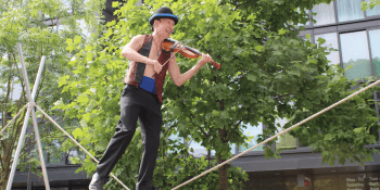 Tightrope walker, Edinburgh Festival