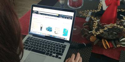 Xmas Day shopping online
