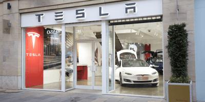 Tesla store in Edinburgh
