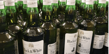 low-carbon-glass bottles