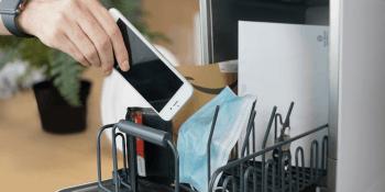 Capsule dishwasher