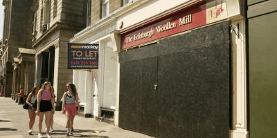 Shop-vacancies-on-Princes-Street
