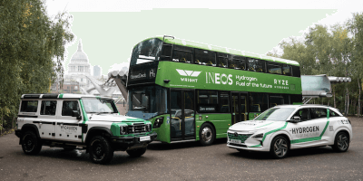 Hydrogen-bus-Grenadier-and-car-from-Ineos